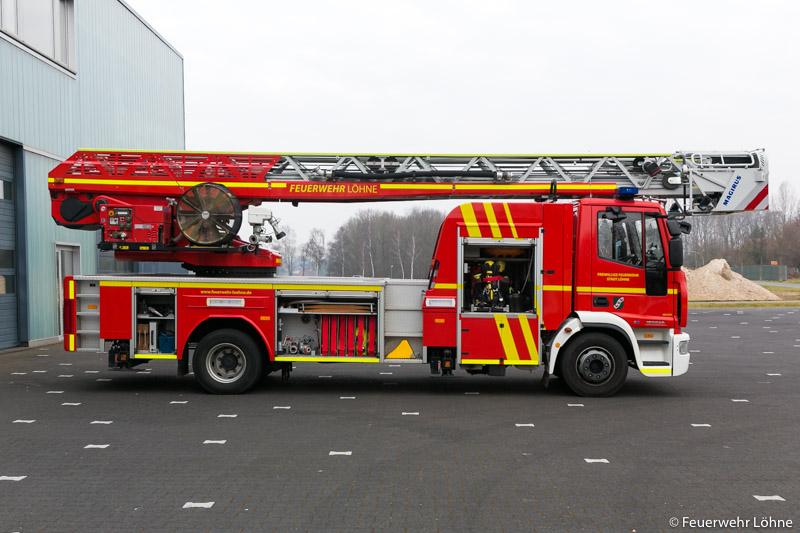 Feuerwehr_Loehne_DLK__1865
