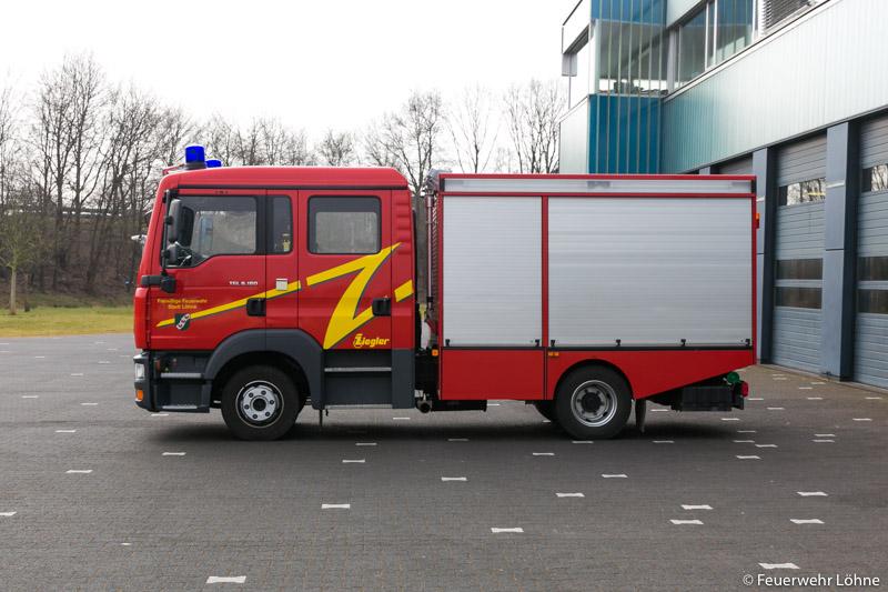 Feuerwehr_Loehne_Mennighueffen_MLF_1975
