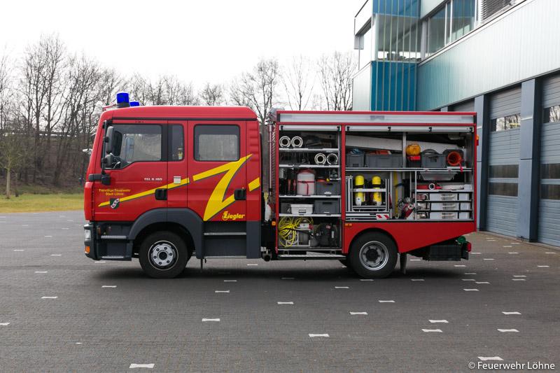 Feuerwehr_Loehne_Mennighueffen_MLF_1976