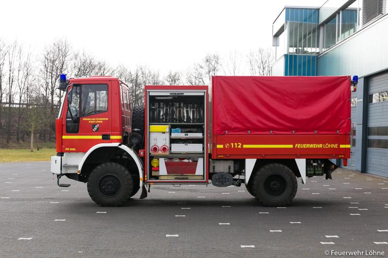 Feuerwehr_Loehne_Mennighueffen_SW2000_1985